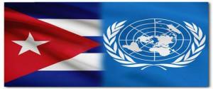 La bandera cubana y el logo de las Naciones Unidas