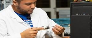 En desarrollo primer prototipo de teléfono celular cubano