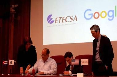 Funcionarios de Etecsa  y Google
