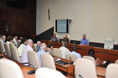 Destaca Díaz Canel vínculo permanente entre universidades y centros científicos