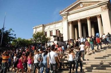 Estudiantes en la Universidad de La Habana