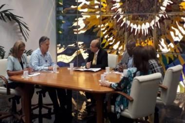 Ministro afirma en la Mesa Redonda que no hay dolarización de economía cubana