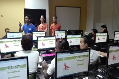 El Proyecto Comunitario BiblioSIDA incentiva la reflexión y el debate sobre la prevención de las enfermedades de transmisión sexual y más. (Foto: Página en Facebook BiblioSida)