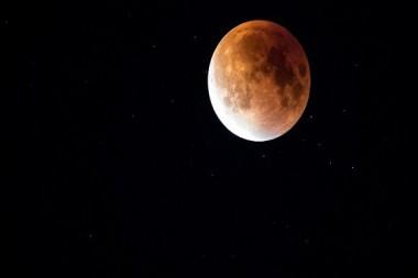 También se le conoce como luna de la fruta, de la cebada o del fantasma hambriento. Imagen ilustrativa