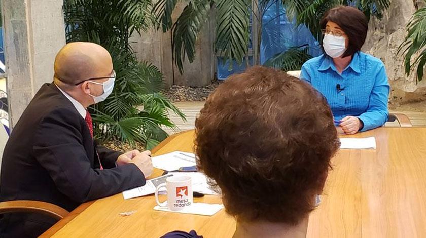 Marta Elena Feitó, ministra de Trabajo y Seguridad Social de Cuba en la Mesa Redonda
