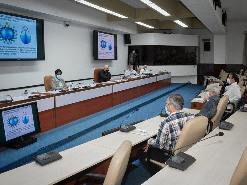 Reunión del grupo de científicos y expertos que lideran las actividades de ciencia e innovación tecnológica en el enfrentamiento a la Covid-19
